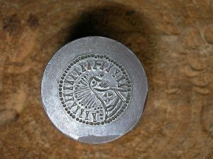 coins - hammered Anvil_dye_detail