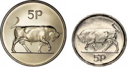 Apart from the obvious difference in size/weight on the Type II Ireland 5p coin, the bull on the reverse side faces left.