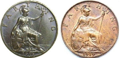 In 1918 GB & Ireland bronze farthing were no longer 'darkened' since there was no half-sovereigns in circulation. Both varieties exist for 1918.