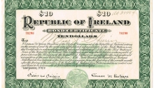 1920 (21 January) Republic of Ireland - Ten Dollars Bond issued by Eamon de Valera. The Old Currency Exchange, Dublin, Ireland.