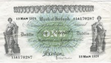 1924 Bank of Ireland, One Pound Note (Seventeenth Issue), Type 1b. Serial Number: 15A170287 (in black). Signed by: Joseph A. Gargan, Chief Cashier. The Old Currency Exchange, Dublin, Ireland.