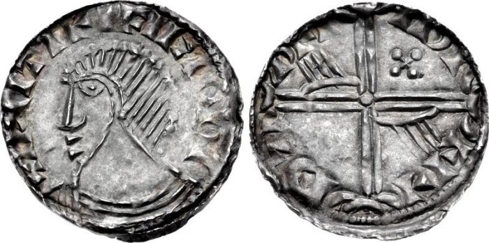 Hiberno-Norse penny, Phase III, Class A (Plain bust), Type 1g - Long Cross, with two hands + quatrefoil. Echmarcach mac Ragnaill. The Old Currency Exchange, Dublin, Ireland.