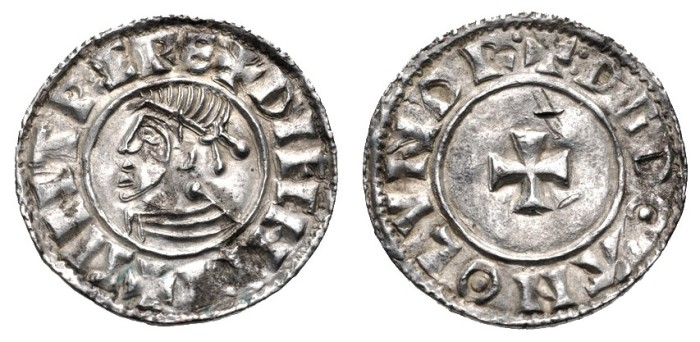 Hiberno-Norse Phase 1, Class D – Small Cross Type, Silver Penny, Obv. Sihtric of Dublin, +SIHTRC REX DIFFHDI Rev. +:DGDΘΛN Θ LVNDR (Dgdoan of London). The Old Currency Exchange, Dublin, Ireland.