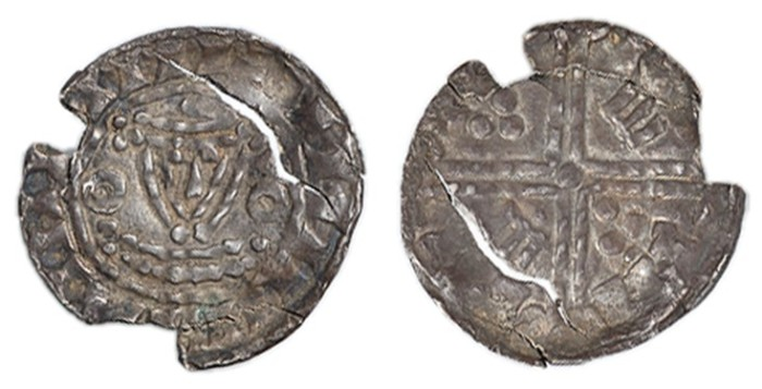 Hiberno-Norse, Phase V, c.1065-1095, Penny, 1.00g, group G/b, degraded facing crowned bust with large annulets at sides, most likely derived from the Two Stars type of William I (but equally possibly also from Henry I Annulets type- BMC1)
