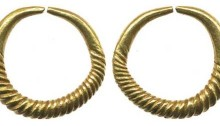 Gold Ring Money - Penannular ring (cable type) tapering to plain ends (c. 1300-100 BC), 4.62 - allegedly found in Co Wicklow