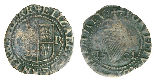 Elizabeth I, Third issue, Copper Halfpenny, 1601, mm. trefoil, 0.89g (S 6511, DF 257)