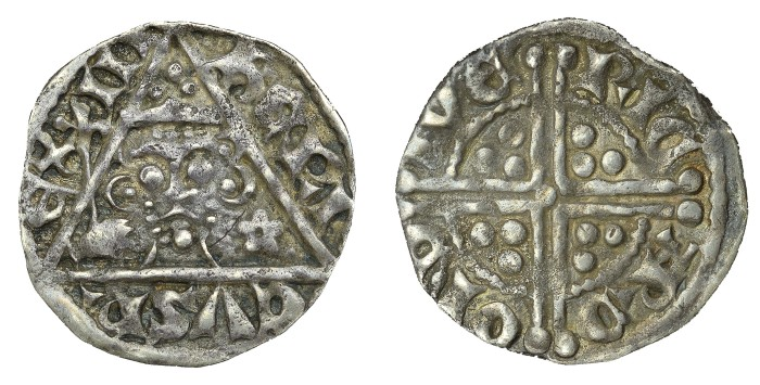 Henry III (1216-1272) Penny class 2a, Small or no shoulders on bust, moneyer Richard of Dublin, 1.32g (S 6240, DF 57) VF