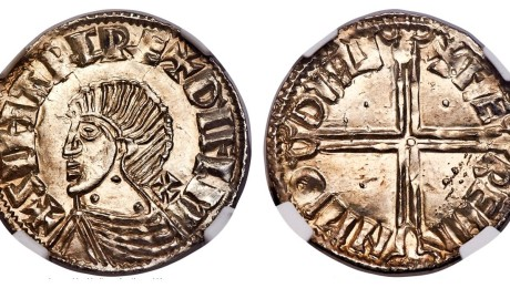 Hiberno-Norse Phase II Penny, Long Cross and three pellets on neck variety. Obv: +SIHTRC REX DYFLM, cross pattée behind neck. Rev: +FÆ REMI N M'Θ DYFL